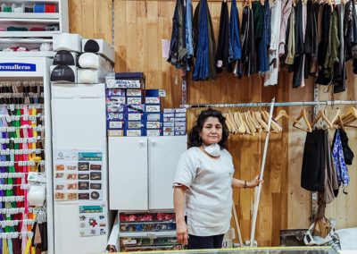 Rosy, arreglos de ropa y costurera en Tres Cantos